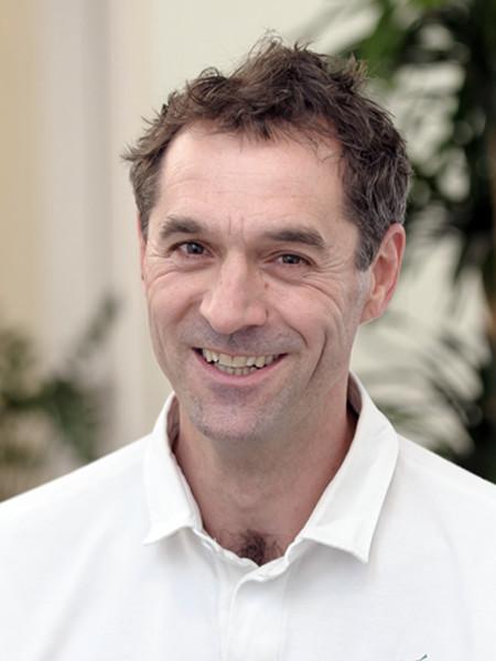 Dr. Andreas Harlass-Neuking